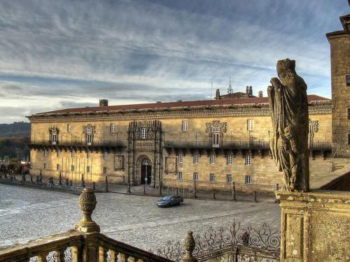 Tour Hostal de los Reyes Católicos